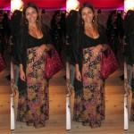 Vestido de verão no inverno: pashmina + brilho fosco + bolsa Balenciaga