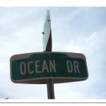 Miami: Ocean Drive & News Café