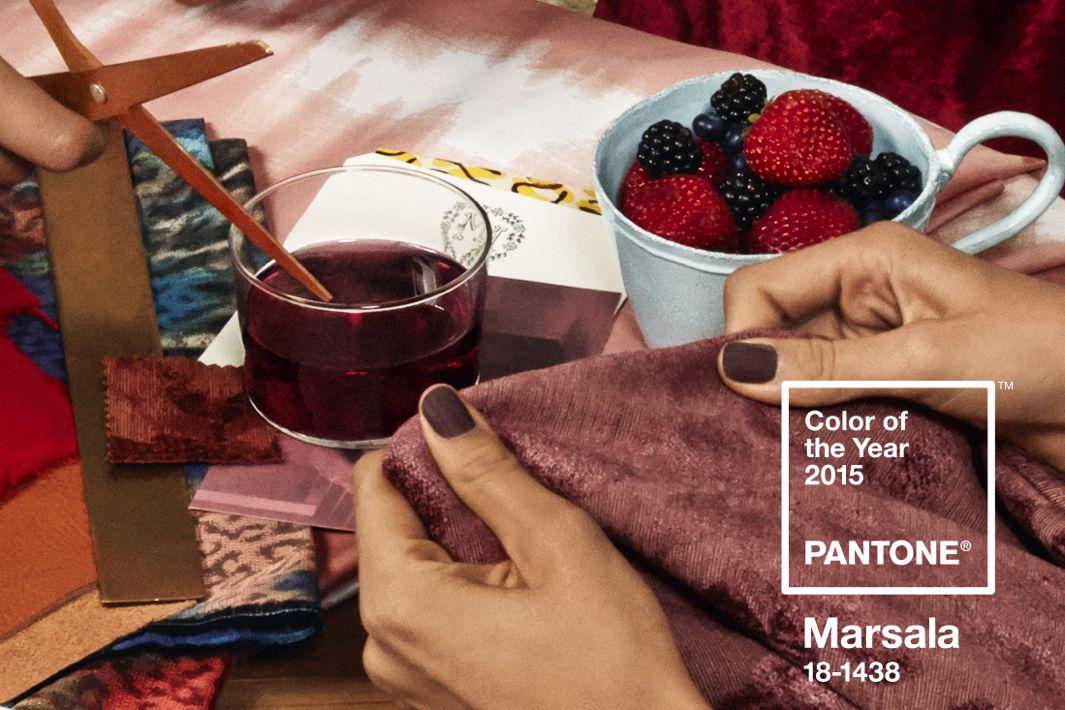 PantoneCOY15_RGB_Sc3_LivingRoom4-rect